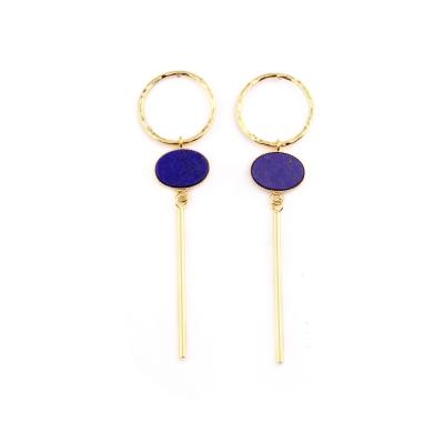 Créoles anneau martelé pierre ovale et barre lapis lazuli